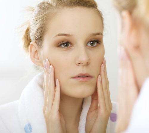 Nowotwory krwionośne naczyń krwionośnych dzielimy na łagodne i złośliwe. Najczęściej mamy do czynienia z łagodnymi i niegroźnymi naczyniakami na skórze.